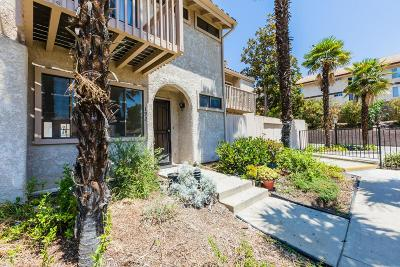 Thousand Oaks Condo/Townhouse For Sale: 192 Helecho Court