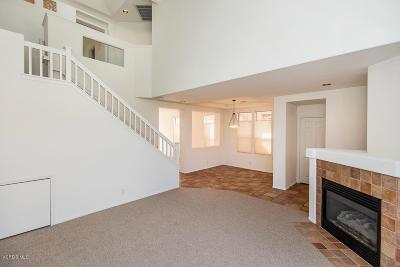 Thousand Oaks Condo/Townhouse For Sale: 326 Avenida De Royale