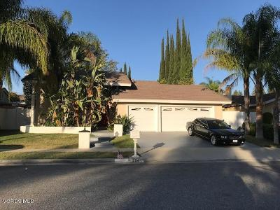 Oak Park Single Family Home For Sale: 294 North Sabra Avenue