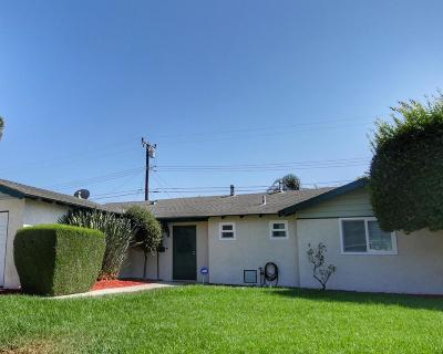Moorpark Single Family Home For Sale: 320 Dorothy Avenue