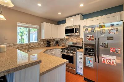Westlake Village Condo/Townhouse For Sale: 175 Via Colinas
