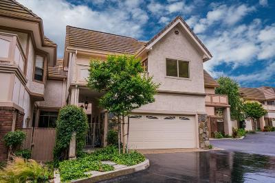Westlake Village Condo/Townhouse For Sale: 32122 Canyon Crest Court