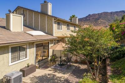 Agoura Hills Condo/Townhouse For Sale: 29614 Windsong Lane