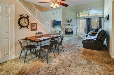 Woodland Hills Condo/Townhouse For Sale: 21450 Burbank Boulevard #316