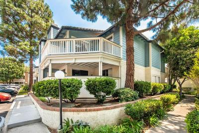 Thousand Oaks Condo/Townhouse For Sale: 2486 Pleasant Way #B