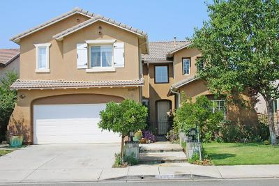 Castaic Single Family Home For Sale: 30457 Mallorca Place