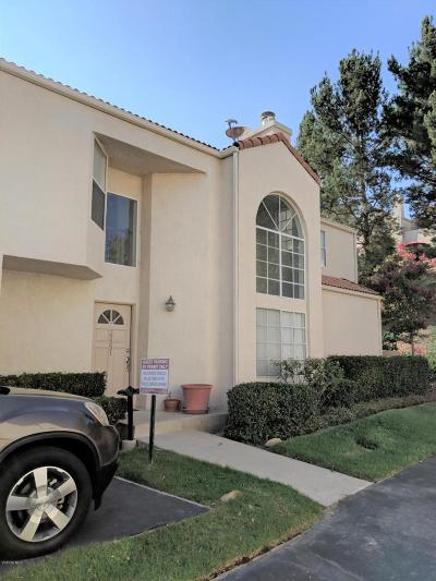 Chatsworth Condo/Townhouse For Sale: 22321 Golden Canyon Lane
