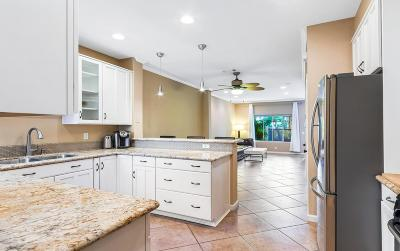 Westlake Village Condo/Townhouse For Sale: 45 Via Colinas