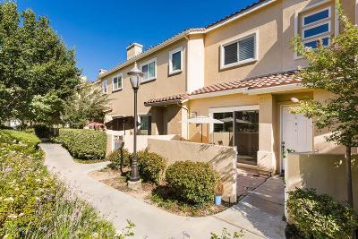 Stevenson Ranch Condo/Townhouse For Sale: 25715 Wagner Way #E