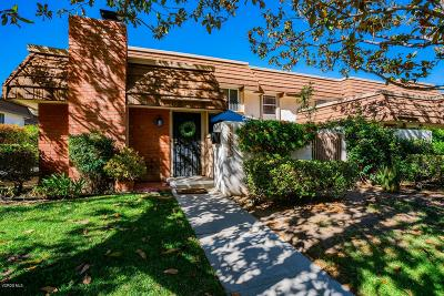 Chatsworth Condo/Townhouse For Sale: 22156 James Alan Circle