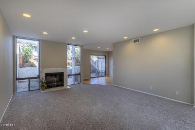 Thousand Oaks Single Family Home For Sale: 585 Tree Top Lane