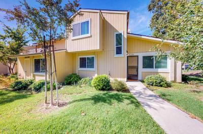 Moorpark Condo/Townhouse For Sale: 14886 Reedley Street #A