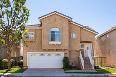 Simi Valley Single Family Home For Sale: 74 Bending Branch Way