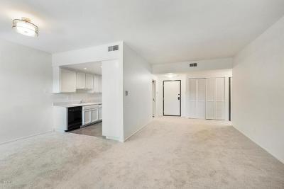 Encino Condo/Townhouse For Sale: 17914 Magnolia Boulevard #135