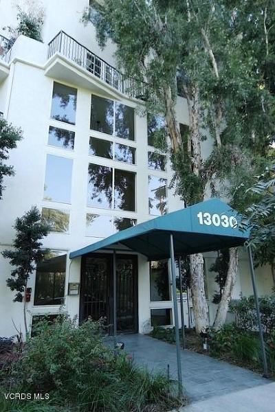 Studio City Condo/Townhouse For Sale: 13030 Valleyheart Drive #108