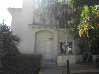 Moorpark Condo/Townhouse For Sale: 11549 Treeview Court