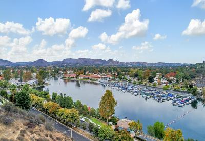 Westlake Village Condo/Townhouse For Sale: 3330 Meadow Oak Drive