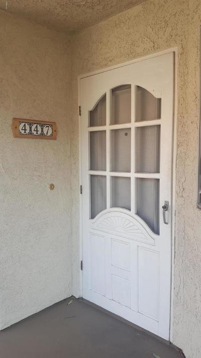 Simi Valley Condo/Townhouse For Sale: 3390 Darby Street #447
