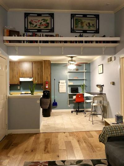 Simi Valley Condo/Townhouse For Sale: 4549 Alamo Street #E