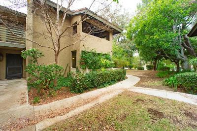 Thousand Oaks Condo/Townhouse Active Under Contract: 751 Birchpark Circle #102