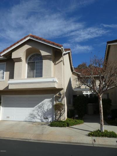 Simi Valley Condo/Townhouse For Sale: 615 Baywood Lane #C