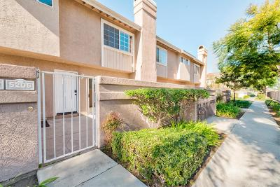 Oxnard Condo/Townhouse For Sale: 5206 Columbus Place