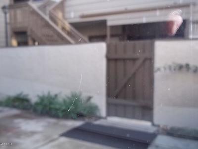 Thousand Oaks Condo/Townhouse For Sale: 146 Maegan Place #2