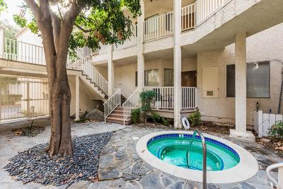 Simi Valley Condo/Townhouse For Sale: 3330 Darby Street #410