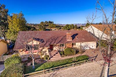 Simi Valley Single Family Home Active Under Contract: 1307 Nonchalant Drive