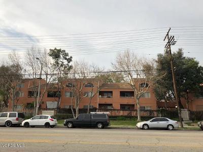 Pacoima Condo/Townhouse For Sale: 12601 Van Nuys Boulevard #241