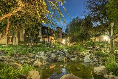 Woodland Hills Condo/Townhouse Active Under Contract: 21900 Marylee Street #259