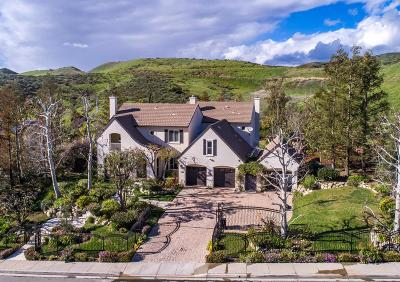 Simi Valley Single Family Home Active Under Contract: 5635 Evening Sky Drive