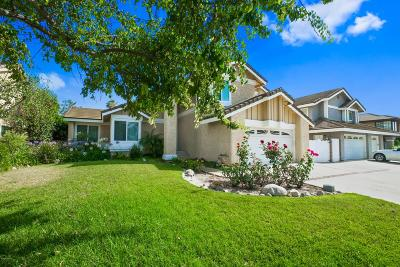 Moorpark Single Family Home Active Under Contract: 11550 Wildflower Court