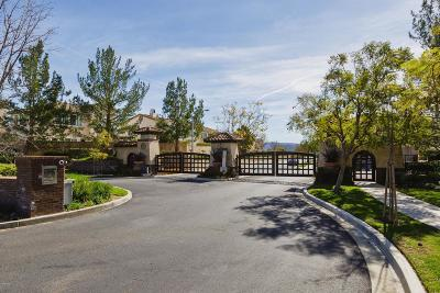 Moorpark Single Family Home For Sale: 14139 Eaton Hollow Court