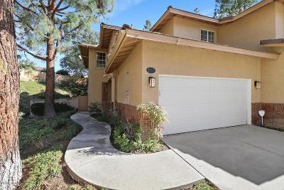 Thousand Oaks Condo/Townhouse For Sale: 1717 Shady Brook Drive