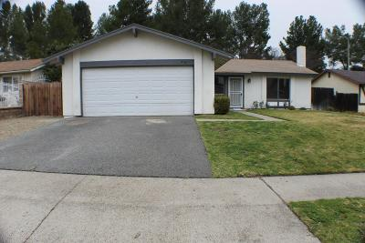 Moorpark Single Family Home Active Under Contract: 14661 East Stanford Street