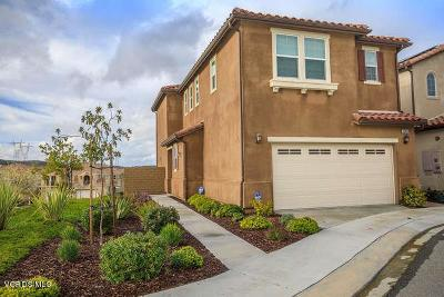 Newhall Condo/Townhouse Active Under Contract: 19853 Via Ott