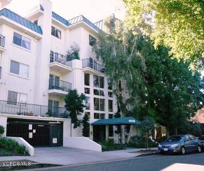 Studio City Condo/Townhouse For Sale: 13030 Valleyheart Drive #108