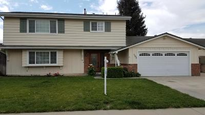 Camarillo Single Family Home For Sale: 1562 Habra Court
