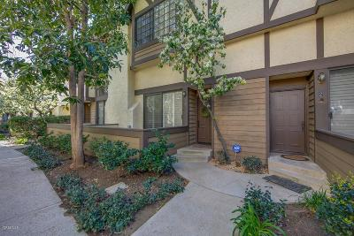 Chatsworth Condo/Townhouse Active Under Contract: 21153 Lassen Street #3