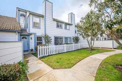 Simi Valley Condo/Townhouse For Sale: 415 Jeremiah Drive #C