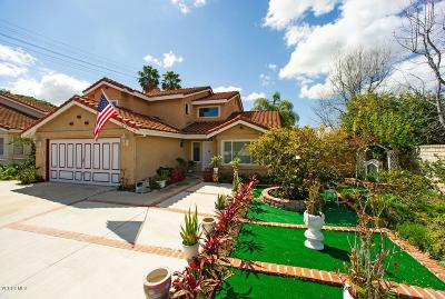 Moorpark Single Family Home Active Under Contract: 13470 Canyonwood Court