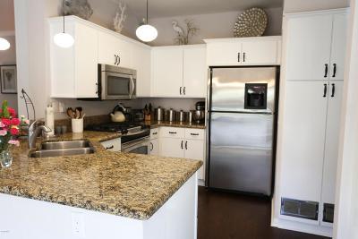 Westlake Village Condo/Townhouse Sold: 516 Via Colinas