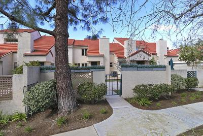 Westlake Village Condo/Townhouse Active Under Contract: 885 Via Colinas