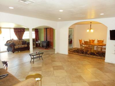Simi Valley Single Family Home For Sale: 2347 Kelsey Street