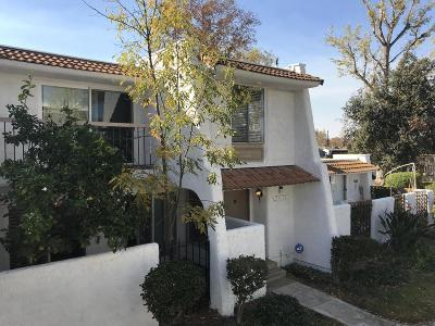 Westlake Village Condo/Townhouse For Sale: 3631 Summershore Lane