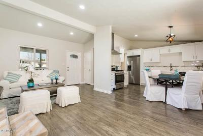 Thousand Oaks Single Family Home For Sale: 1158 Windsor Drive