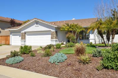 Camarillo Single Family Home Active Under Contract: 1055 Calabria Court