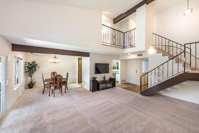 Newbury Park Condo/Townhouse For Sale: 1796 Tipperary Lane