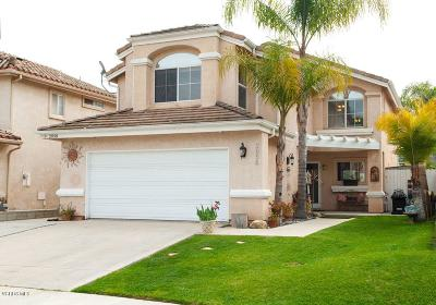 Simi Valley Single Family Home For Sale: 2058 Chenault Place